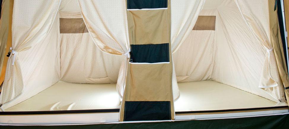Remolque camping Kenya camas