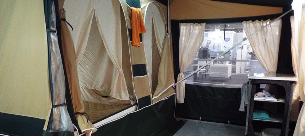 Remolque camping Kenya vista interior
